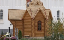 Новая деревянная часовня святых мучениц Веры, Надежды, Любови и матери их Софии