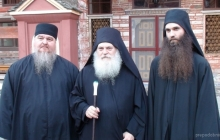 Старец Ефрем с монахом Досифеем