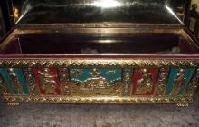 Ватопедский кириакон - рака со св. мощами преподобных братьев-возобновителей обители